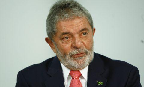 Desembargadores por unanimidade mantem condenação de Lula e amplia pena